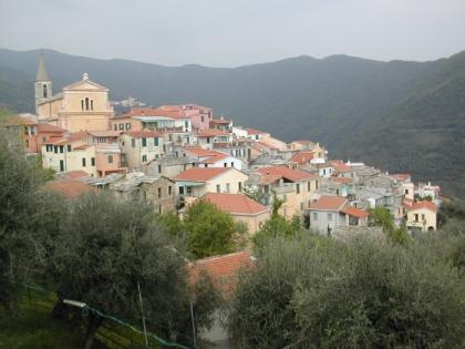 Blick auf Valloria von Westen